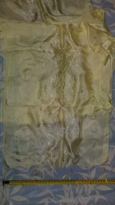 Lemon coloured silk scarf 40 x 140 cm paisley styoe c0ntrast embroidery